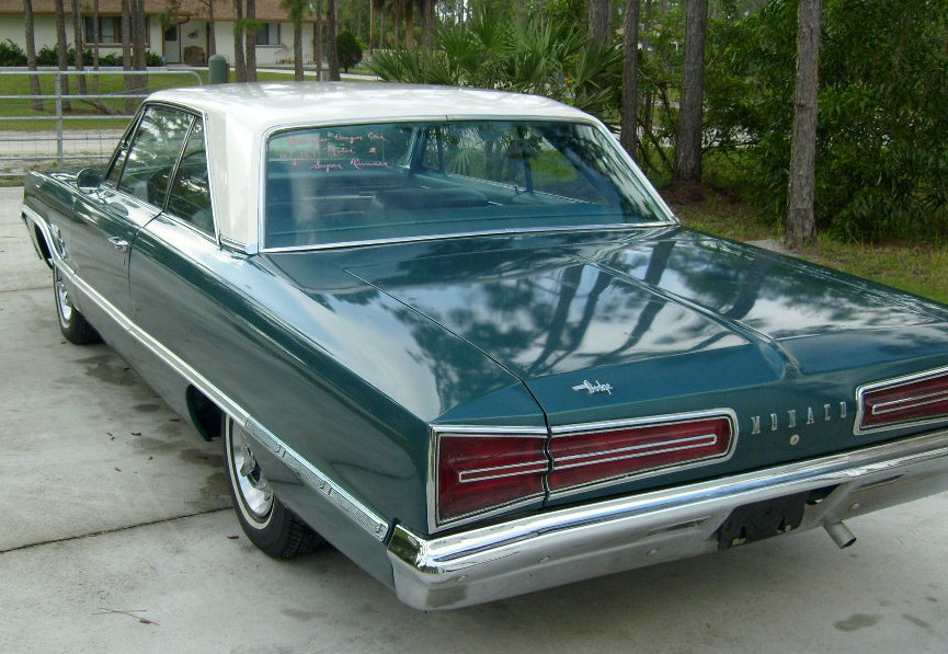 1966 DODGE MONACO 2 DOOR HARDTOP - Rear 3/4 - 64039