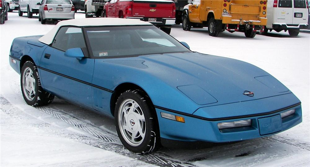1988 CHEVROLET CORVETTE CONVERTIBLE - Front 3/4 - 64040