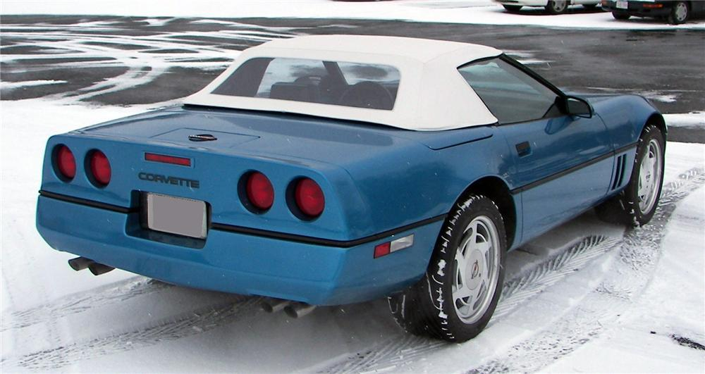 1988 CHEVROLET CORVETTE CONVERTIBLE - Rear 3/4 - 64040