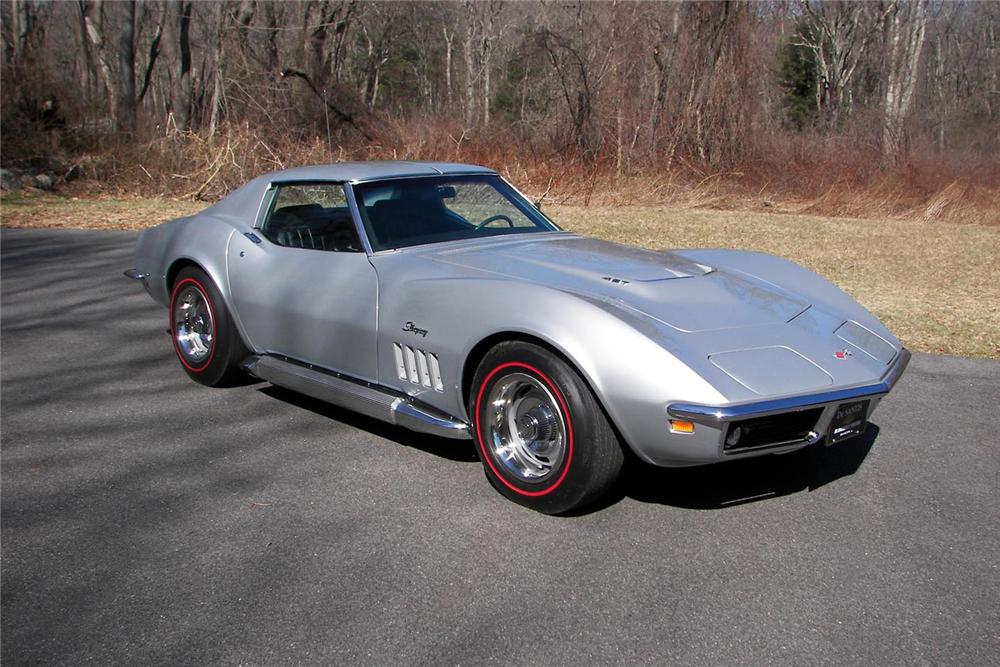 1969 CHEVROLET CORVETTE COUPE - Front 3/4 - 64043