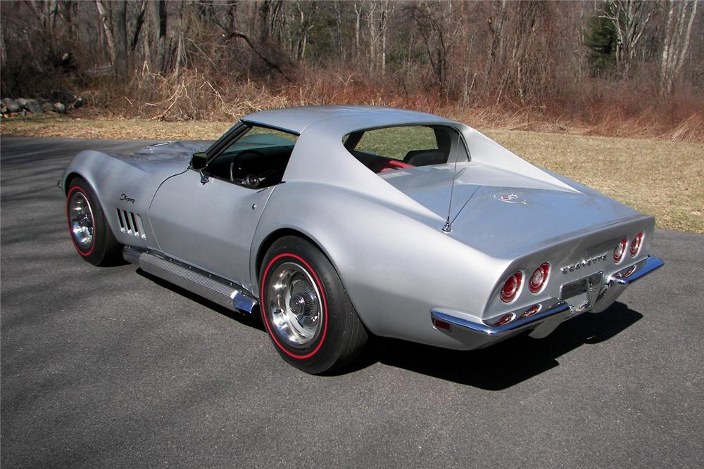 1969 CHEVROLET CORVETTE COUPE - Rear 3/4 - 64043