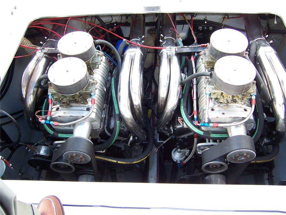 1985 FOUNTAIN EXECUTIONER 33 BOAT - Engine - 64048