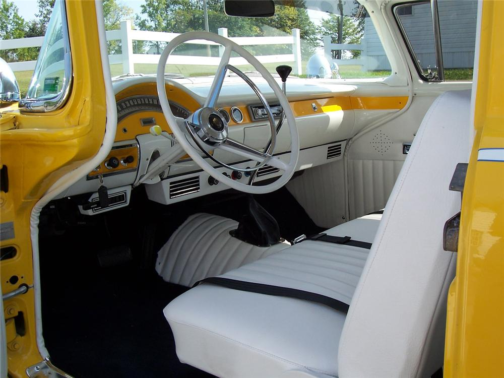 1957 FORD RANCH WAGON CUSTOM - Interior - 64063