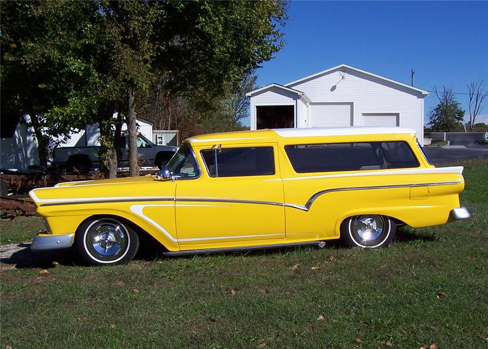 1957 FORD RANCH WAGON CUSTOM - Side Profile - 64063