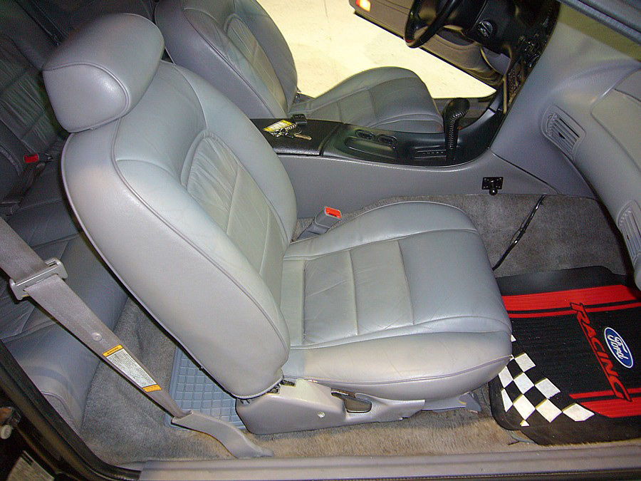 1995 FORD THUNDERBIRD NASCAR RE-CREATION - Interior - 64081