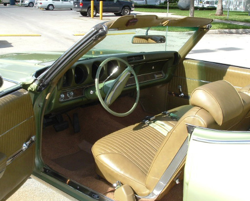 1969 OLDSMOBILE CUTLASS SUPREME CONVERTIBLE - Interior - 64104