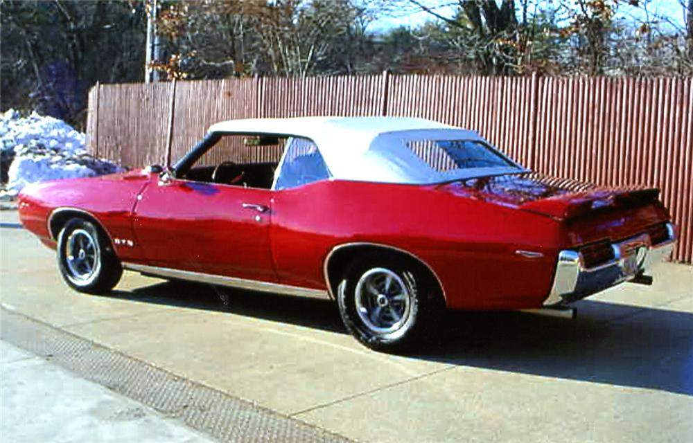 1969 PONTIAC GTO CONVERTIBLE - Rear 3/4 - 64121