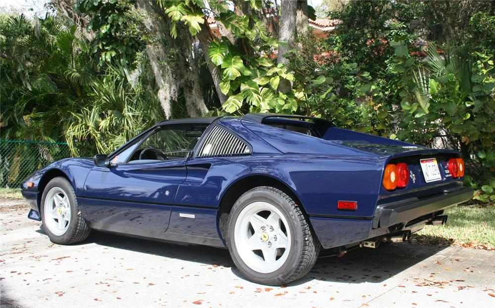 1983 FERRARI 308 GTS QV CONVERTIBLE - Rear 3/4 - 64152