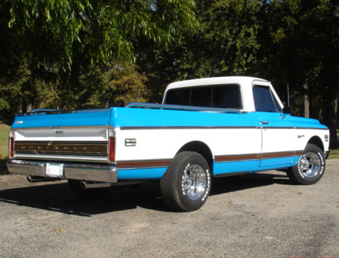 1972 CHEVROLET C-10 CUSTOM DELUXE PICKUP - Rear 3/4 - 64172