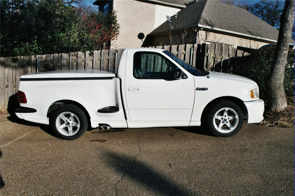 1999 FORD F-150 LIGHTNING SVT PICKUP - Side Profile - 64178