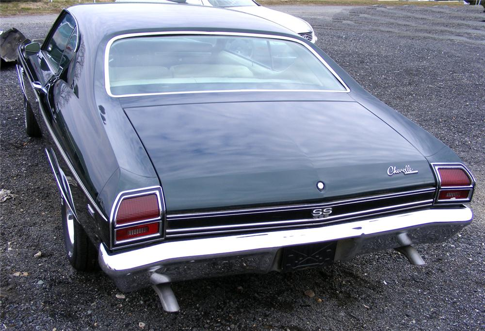 1969 CHEVROLET CHEVELLE SS 396 2 DOOR HARDTOP - Rear 3/4 - 64185