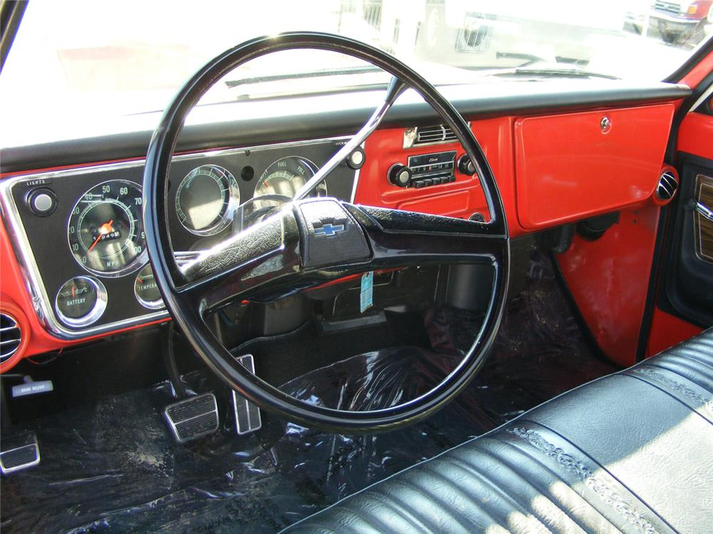 1972 CHEVROLET C-10 PICKUP - Interior - 64193