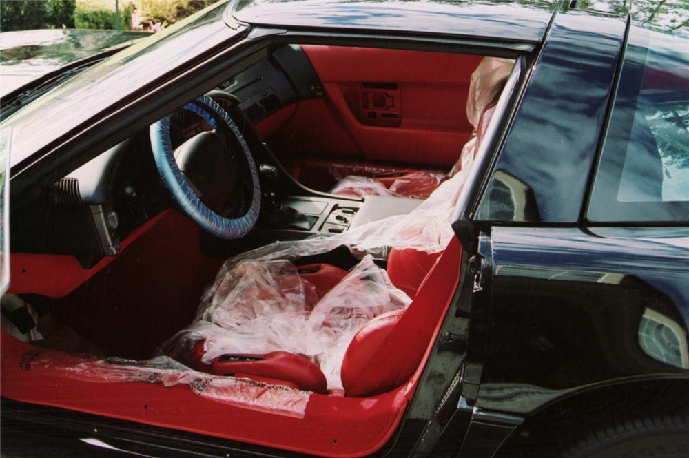 1990 CHEVROLET CORVETTE COUPE - Interior - 64204