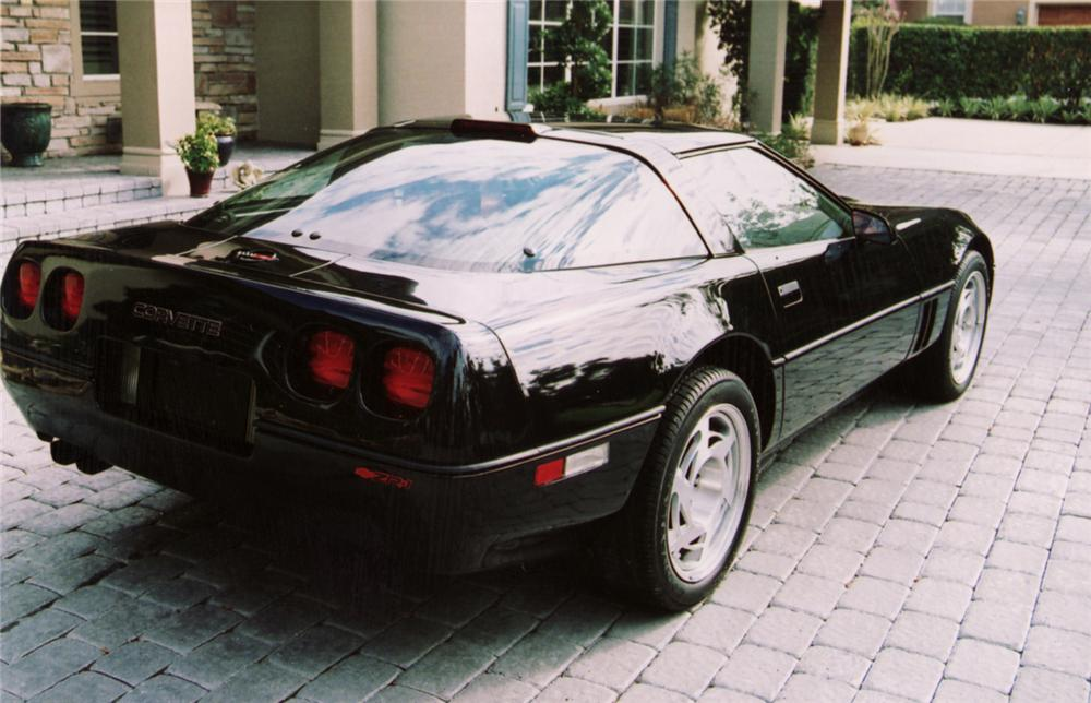 1990 CHEVROLET CORVETTE COUPE - Rear 3/4 - 64204
