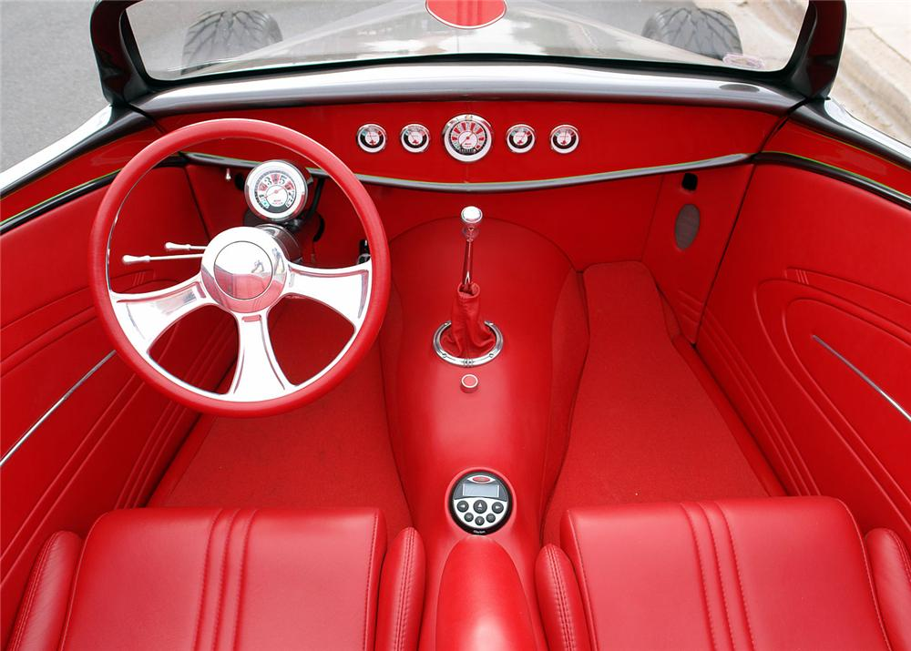 1933 FORD SPEEDSTAR ROADSTER - Interior - 64213