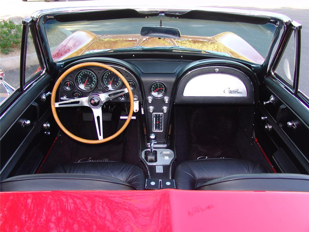 1965 CHEVROLET CORVETTE CONVERTIBLE - Interior - 64214