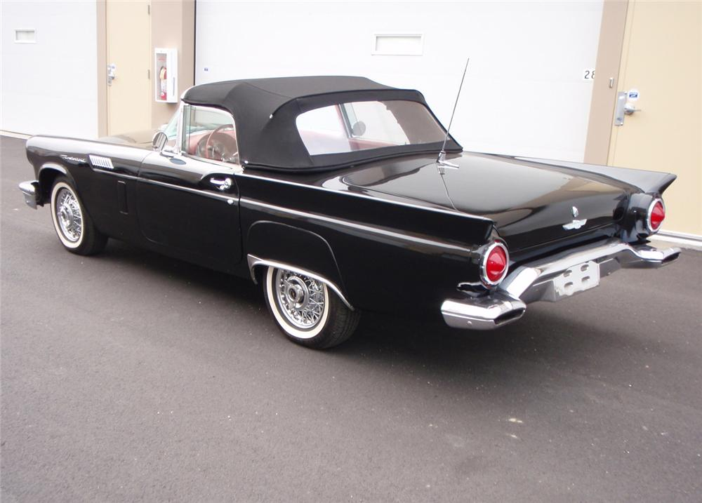 1957 FORD THUNDERBIRD E CONVERTIBLE - Rear 3/4 - 64219