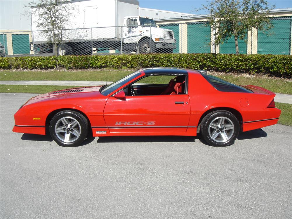 1986 CHEVROLET CAMARO IROC Z/28 COUPE - Side Profile - 64247