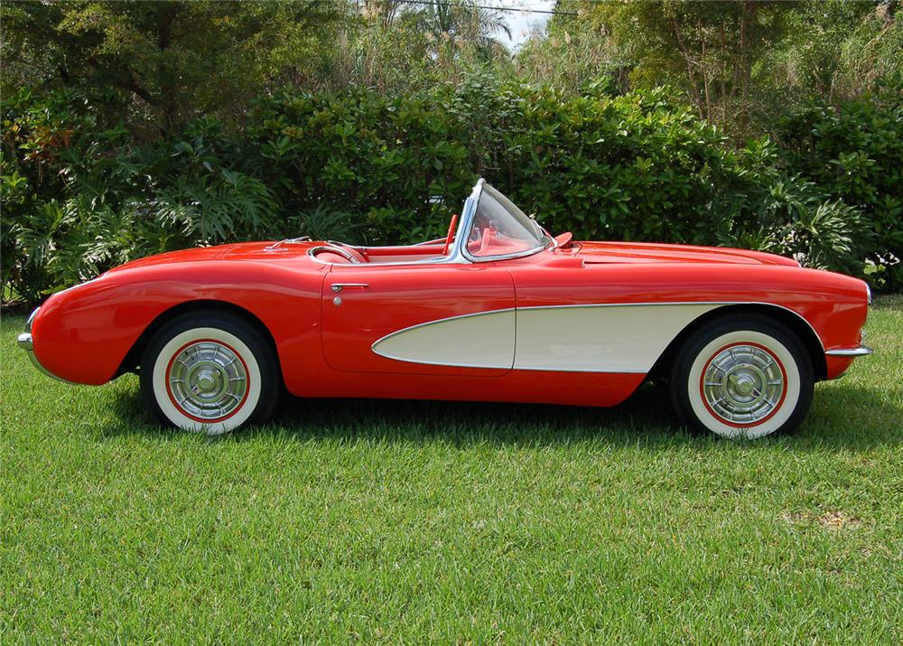 1957 CHEVROLET CORVETTE CONVERTIBLE - Side Profile - 64253