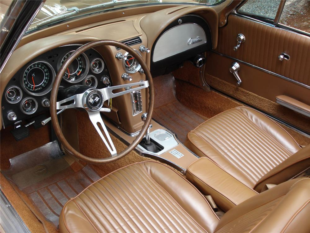 1964 CHEVROLET CORVETTE CONVERTIBLE - Interior - 64265
