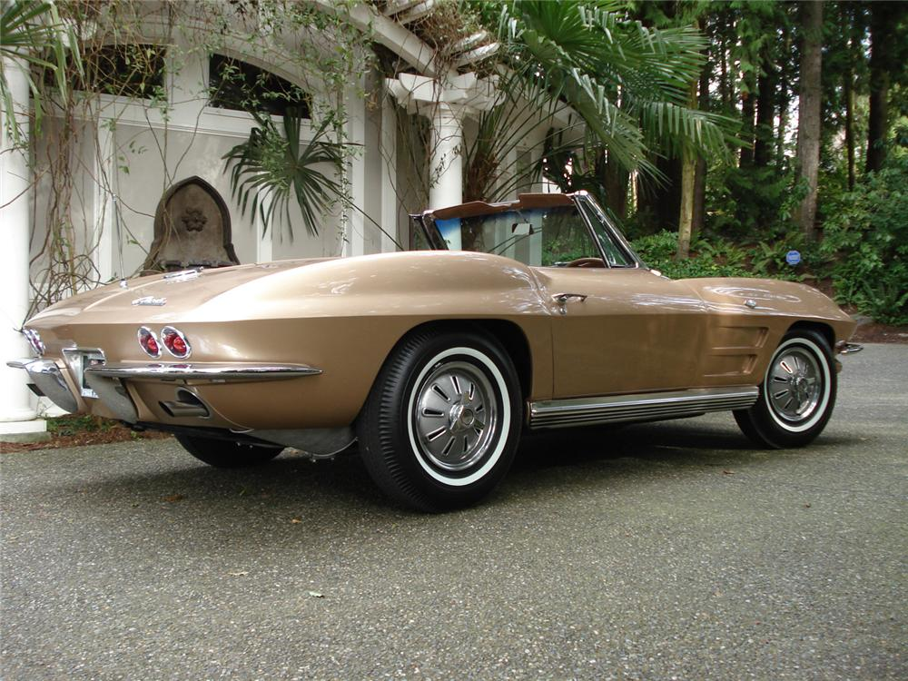 1964 CHEVROLET CORVETTE CONVERTIBLE - Rear 3/4 - 64265