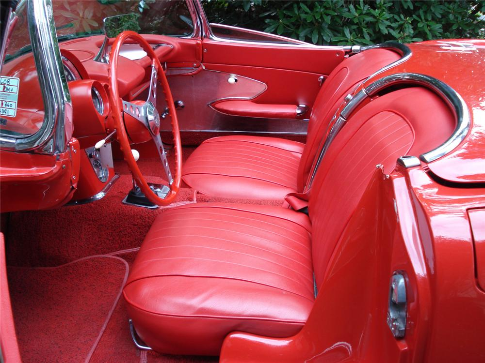 1960 CHEVROLET CORVETTE FI CONVERTIBLE - Interior - 64267