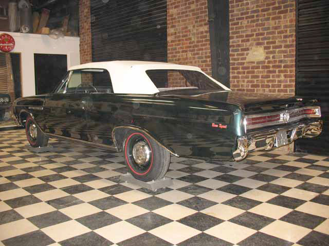 1965 BUICK GRAN SPORT CONVERTIBLE - Rear 3/4 - 64280