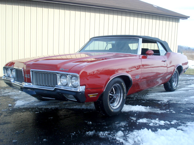 1970 OLDSMOBILE 442 CONVERTIBLE - Front 3/4 - 64299