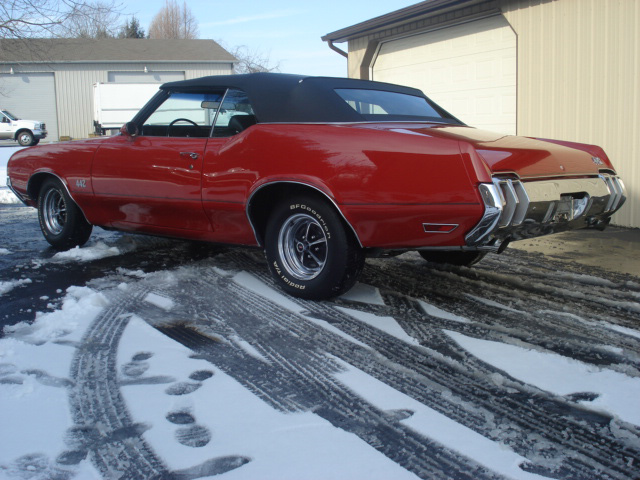 1970 OLDSMOBILE 442 CONVERTIBLE - Rear 3/4 - 64299