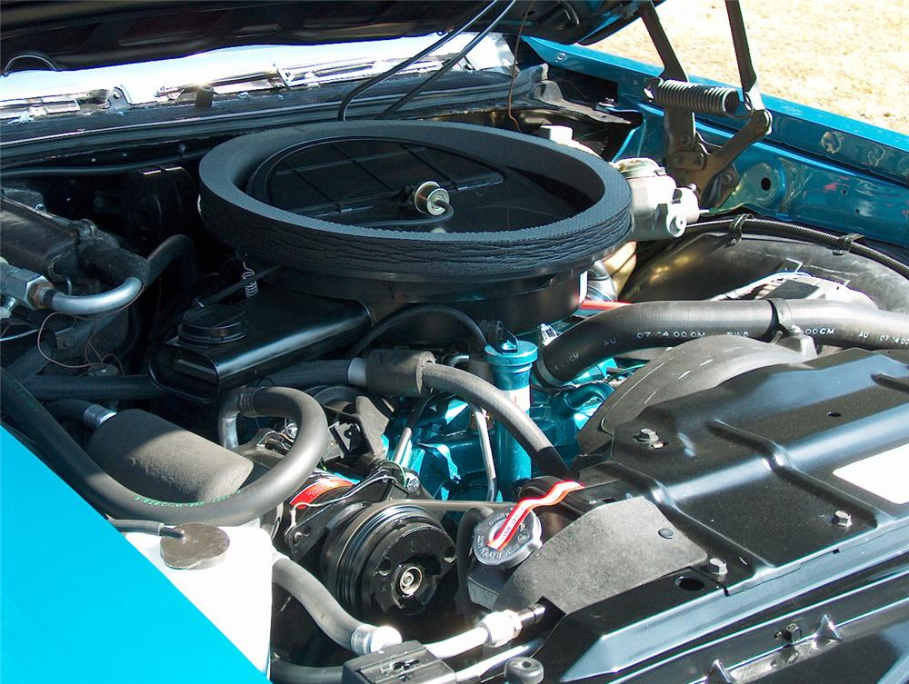 1972 OLDSMOBILE 442 CONVERTIBLE - Engine - 64300
