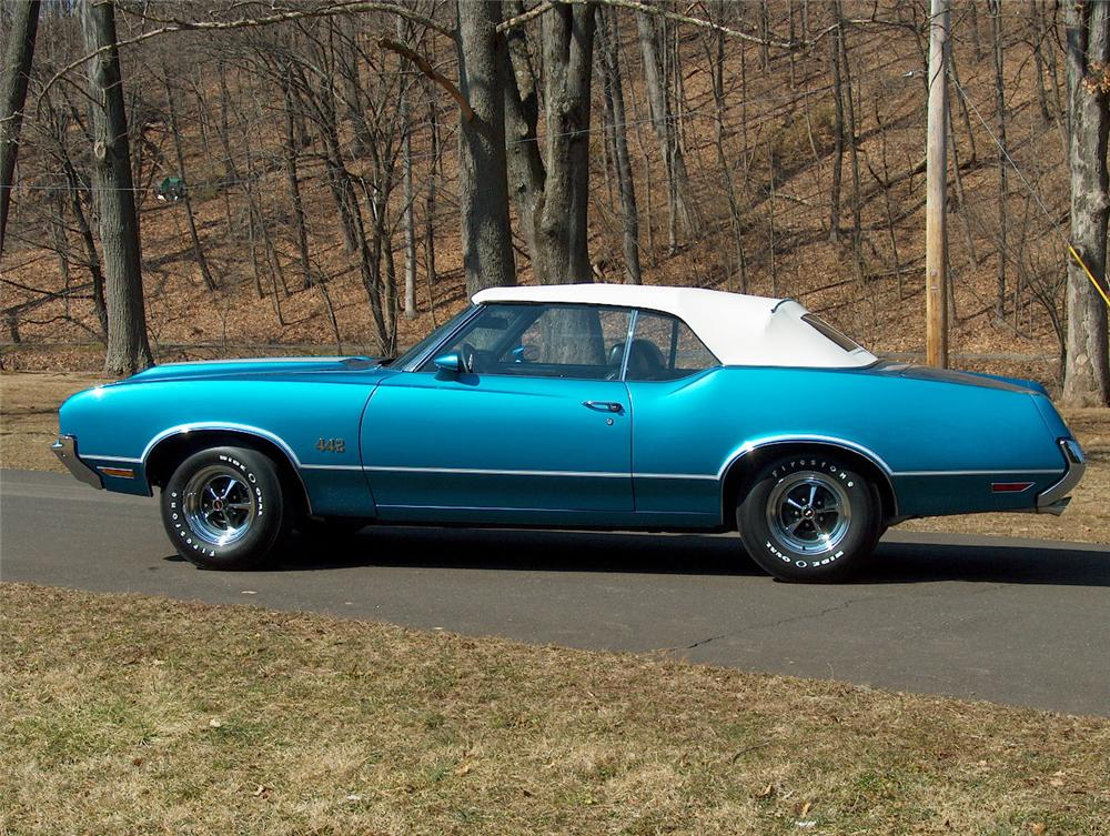 1972 OLDSMOBILE 442 CONVERTIBLE - Side Profile - 64300