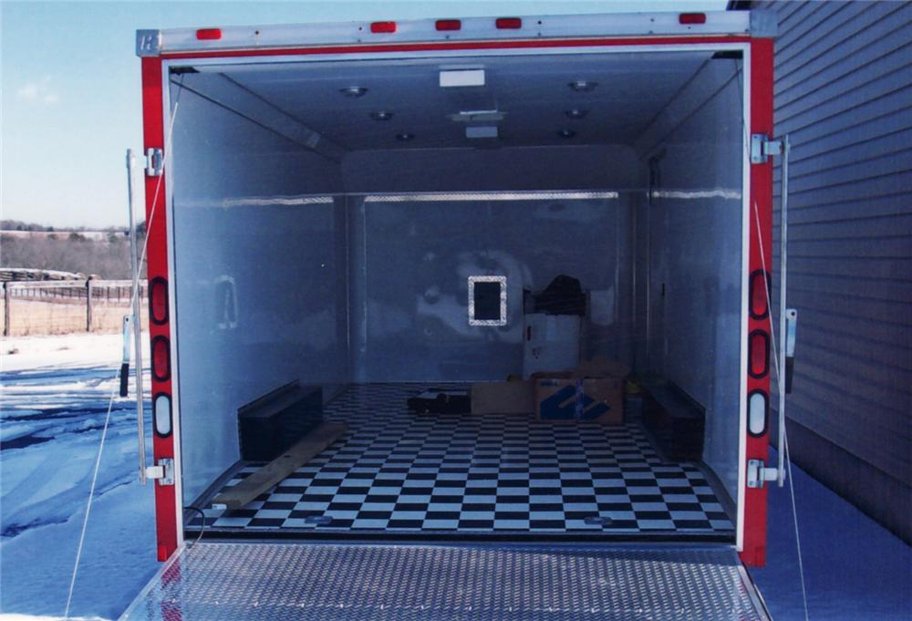 2001 HAULMARK ENCLOSED CUSTOM TRAILER - Interior - 64302