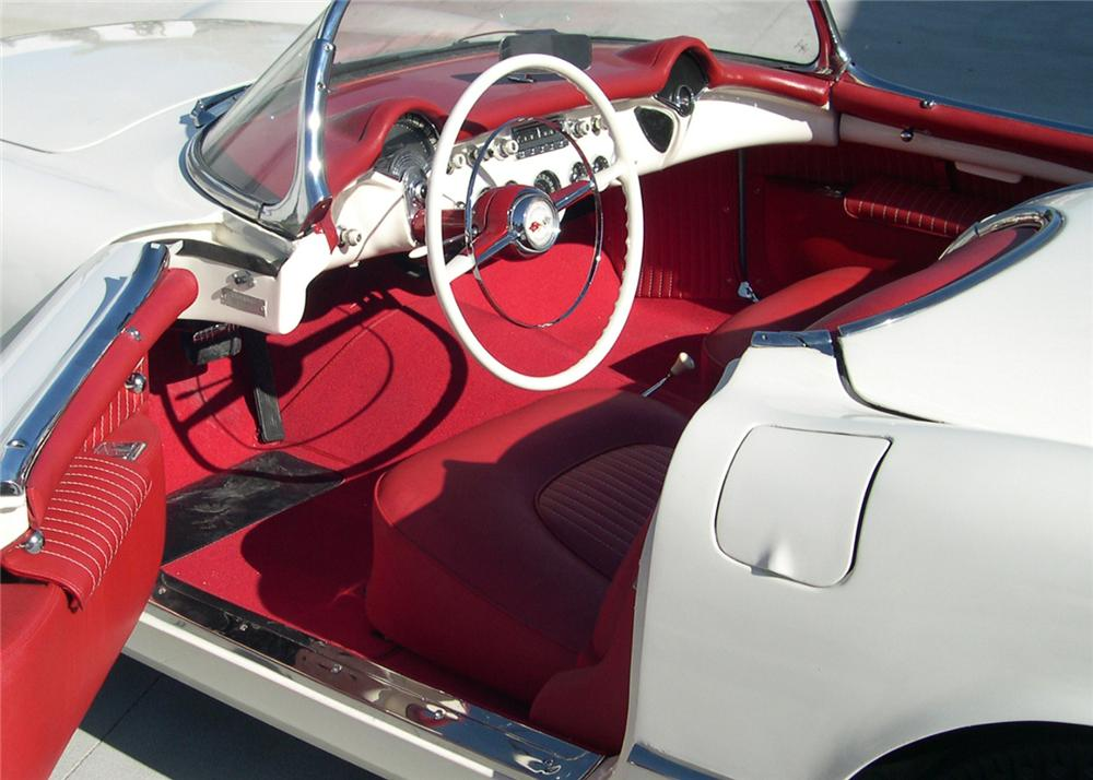 1954 CHEVROLET CORVETTE CONVERTIBLE - Interior - 64309
