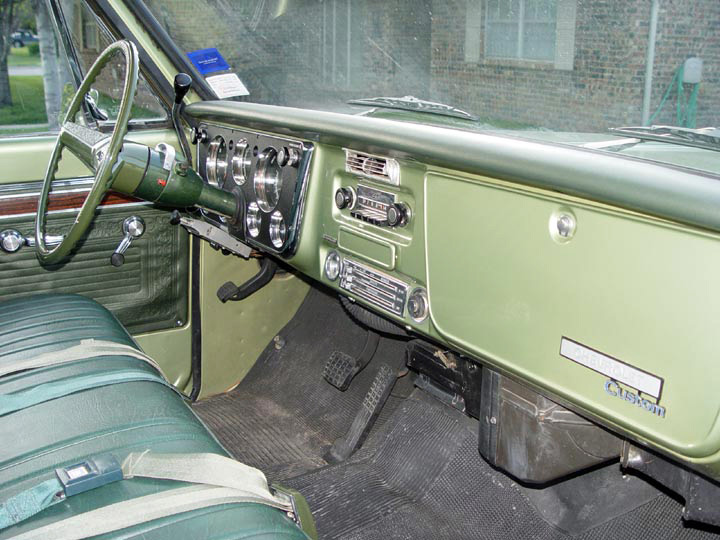 1970 CHEVROLET C-10 FLEETSIDE PICKUP - Interior - 64331