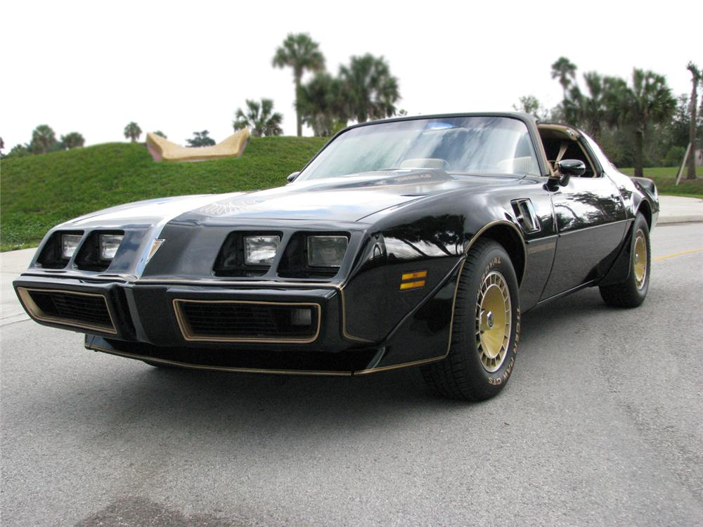 1981 PONTIAC TRANS AM TURBO T-TOP - Front 3/4 - 64339