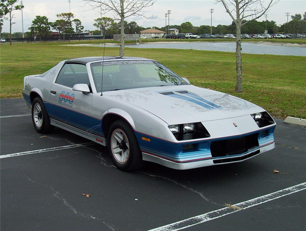 1982 CHEVROLET CAMARO INDY PACE CAR COUPE - Front 3/4 - 64341