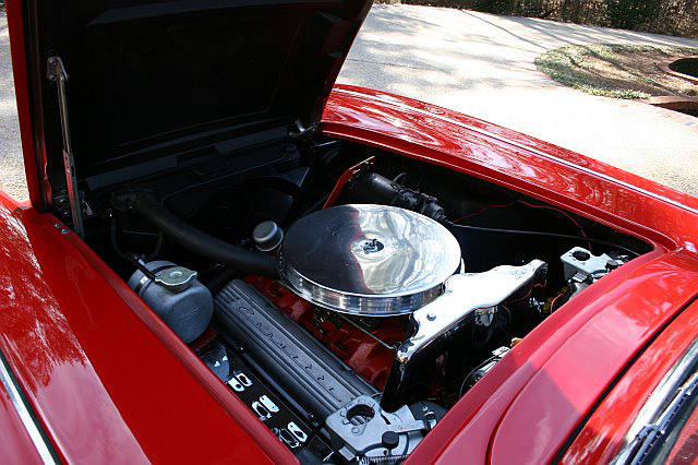 1961 CHEVROLET CORVETTE CONVERTIBLE - Engine - 64347