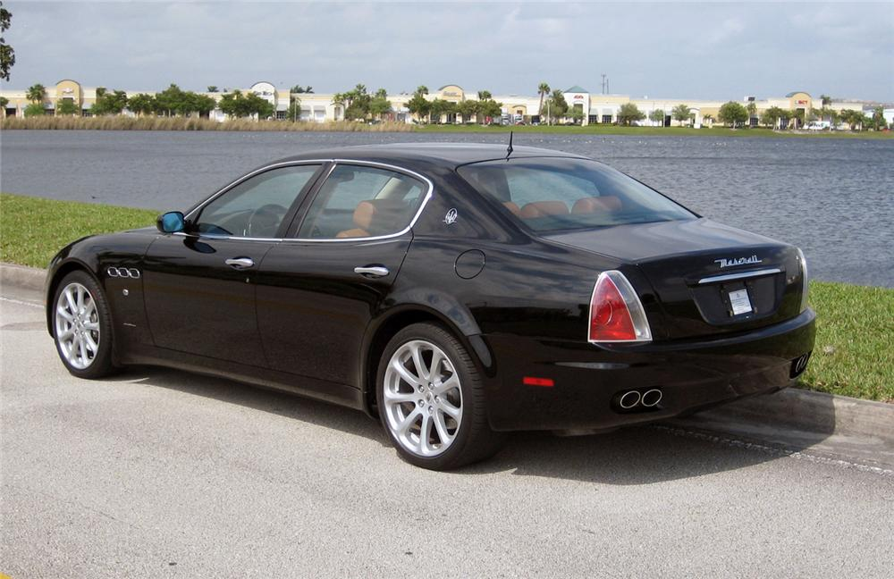 2005 maserati quattro porte 4 door coupe 64387. Black Bedroom Furniture Sets. Home Design Ideas