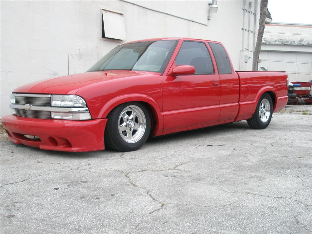 1999 CHEVROLET S-10 CUSTOM PICKUP - Front 3/4 - 64392