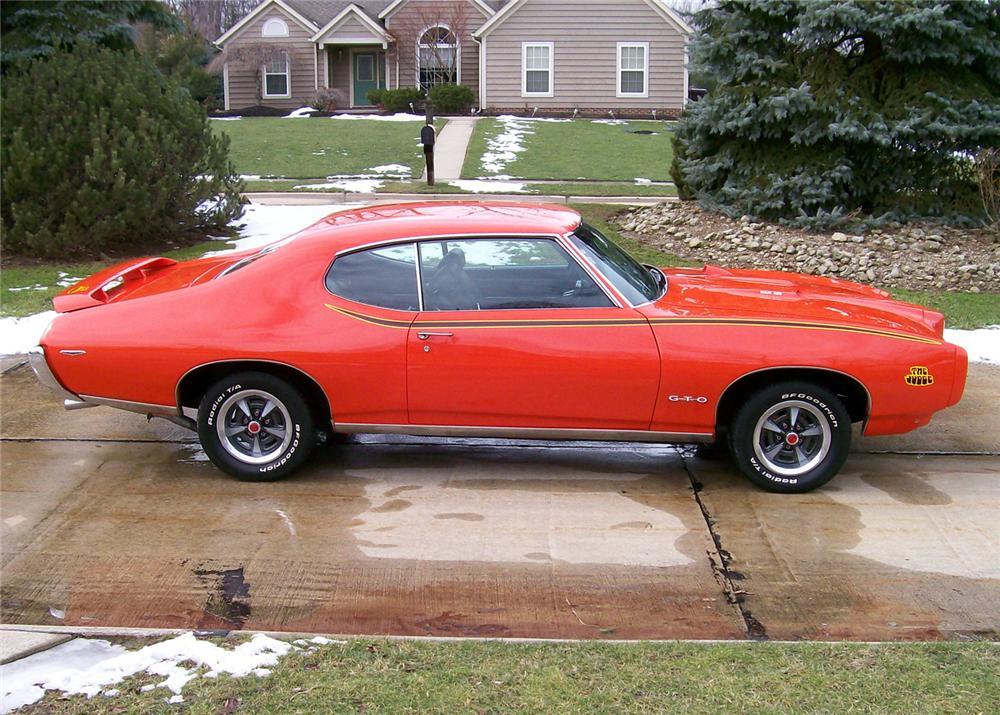 1969 PONTIAC GTO JUDGE COUPE - Side Profile - 64403