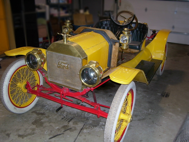 1911 FORD MODEL T RUNABOUT ROADSTER - Front 3/4 - 64407