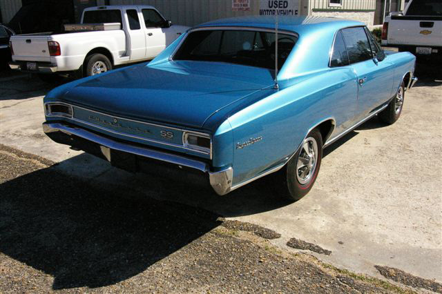 1966 CHEVROLET CHEVELLE SS 396 2 DOOR HARDTOP - Rear 3/4 - 64444