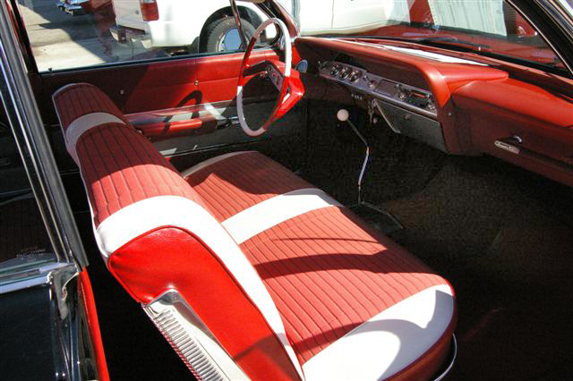 1961 CHEVROLET IMPALA SS 2 DOOR BUBBLETOP - Interior - 64445