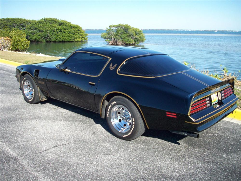 1977 PONTIAC FIREBIRD TRANS AM COUPE - Rear 3/4 - 64475