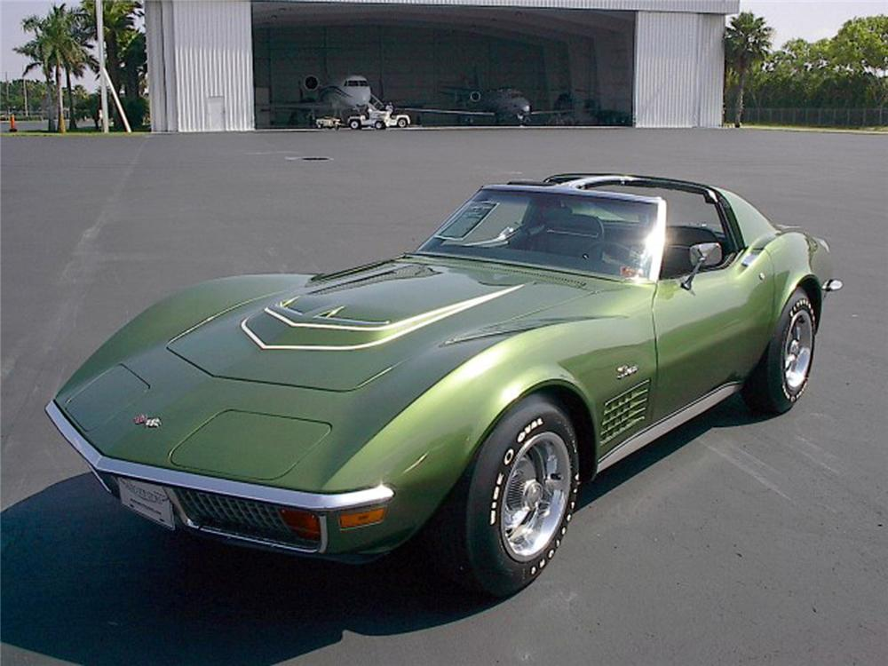 1972 CHEVROLET CORVETTE COUPE - Front 3/4 - 64562