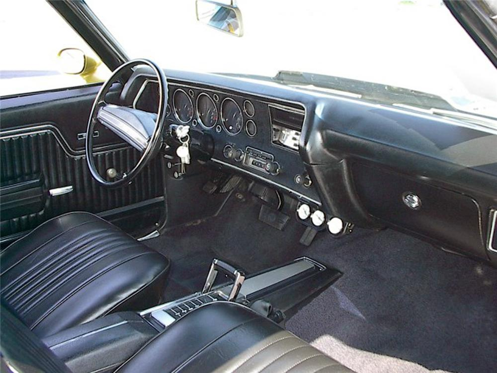 1971 CHEVROLET CHEVELLE SS 454 2 DOOR COUPE - Interior - 64563