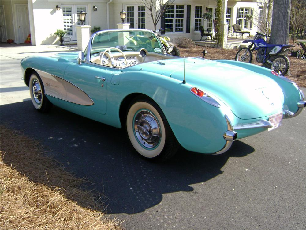 1957 CHEVROLET CORVETTE CONVERTIBLE - Rear 3/4 - 64680