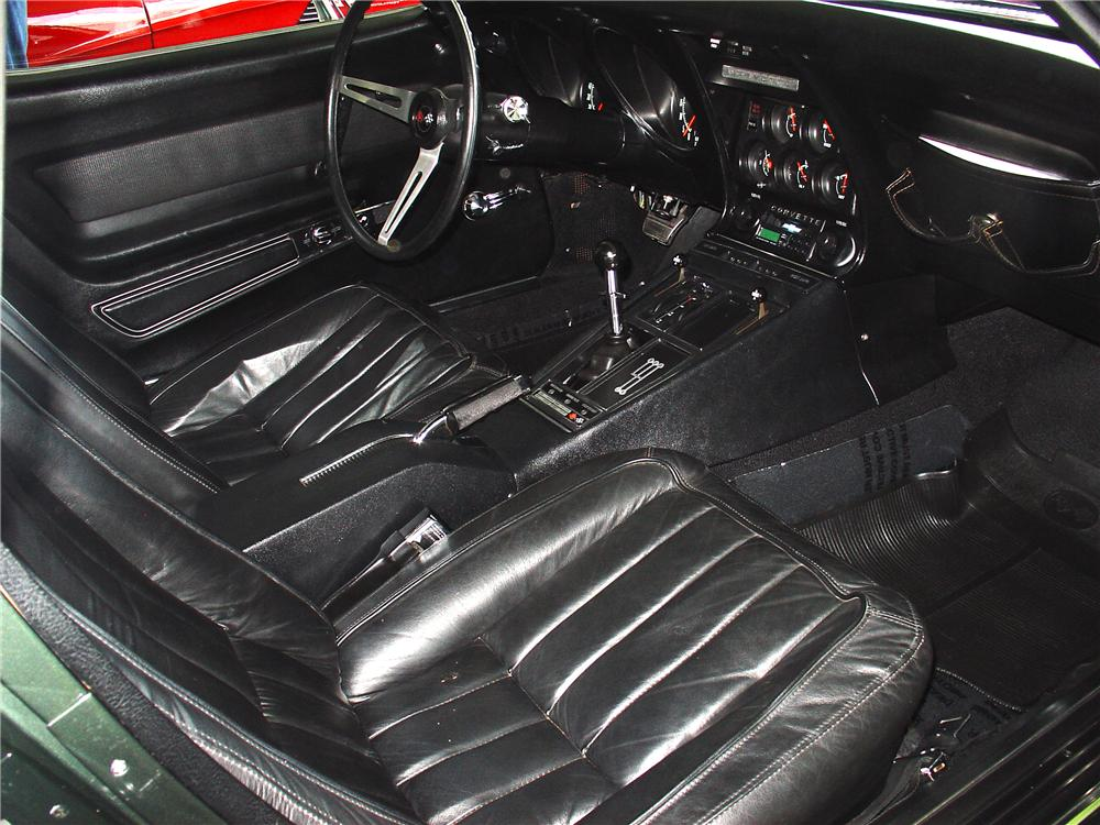 1969 CHEVROLET CORVETTE CONVERTIBLE - Interior - 65071