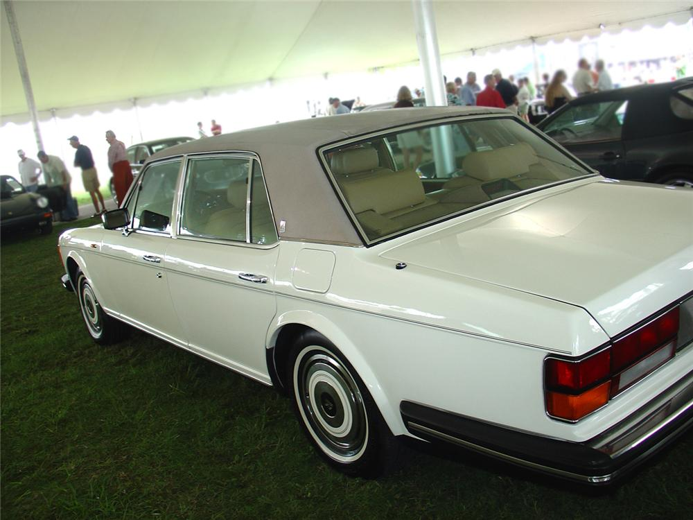 1987 ROLLS-ROYCE SILVER SPUR 4 DOOR SEDAN - Rear 3/4 - 65102