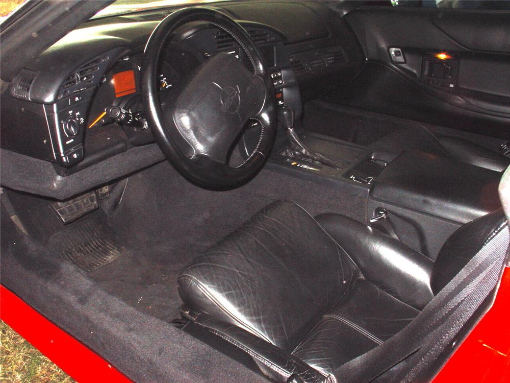 1994 CHEVROLET CORVETTE COUPE - Interior - 65243